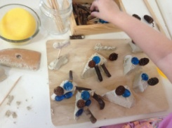 clay and loose parts