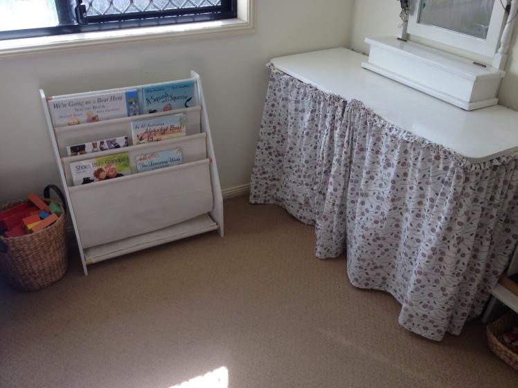 book shelf and block shelf