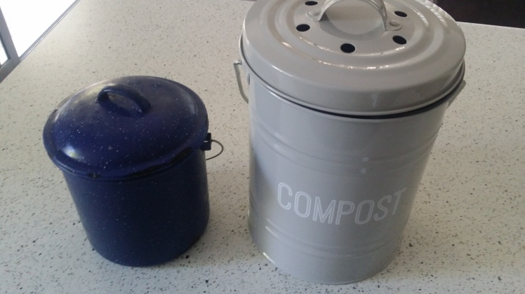 compost-buckets