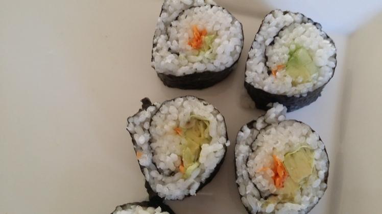 child-made-sushi