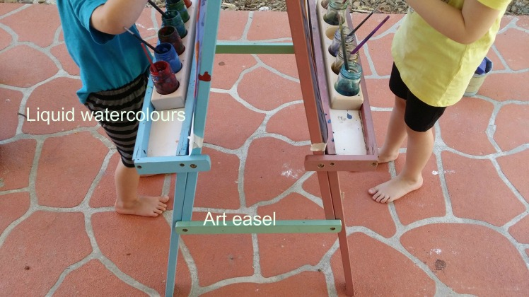 outdoor-art-easel