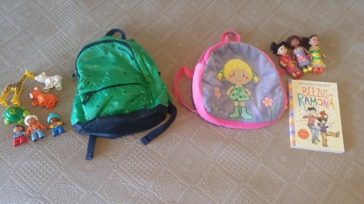 Kids travel bags