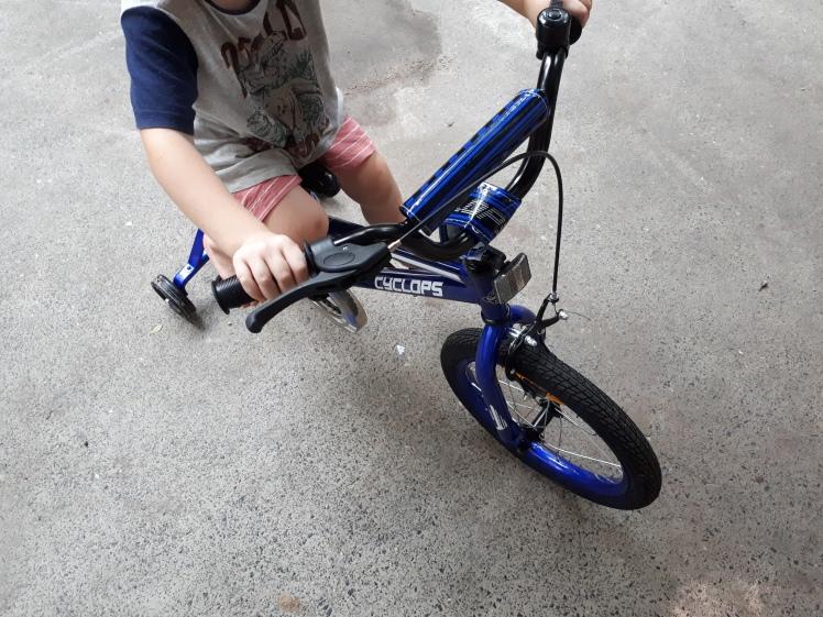 bike riding at 4 years