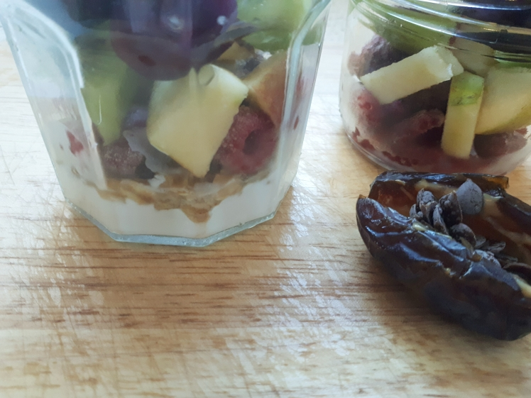 Plant based muesli and fruit snack