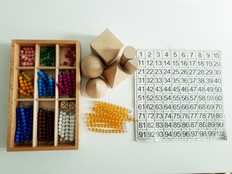 Montessori maths materials for home use