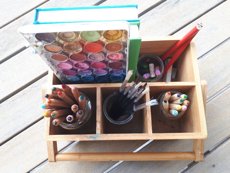 Childrens nature journalling art caddy