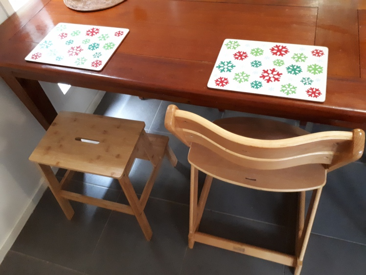 Montessori style- supporting independence at the dining table
