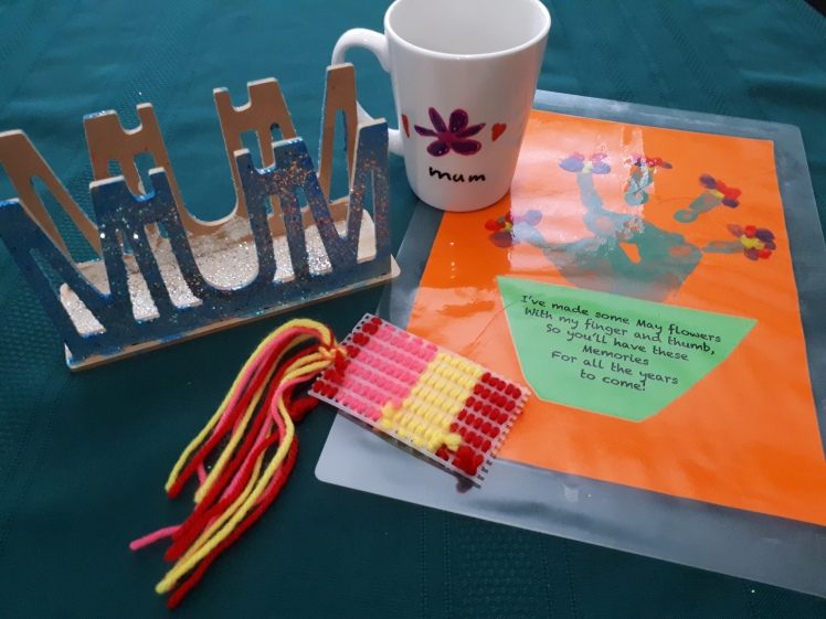 childrens mothers day gifts.jpg