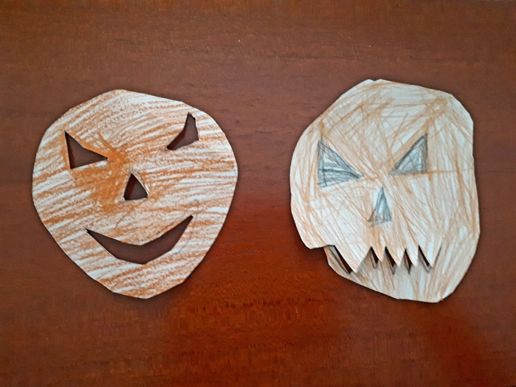 Kids Halloween craft 1