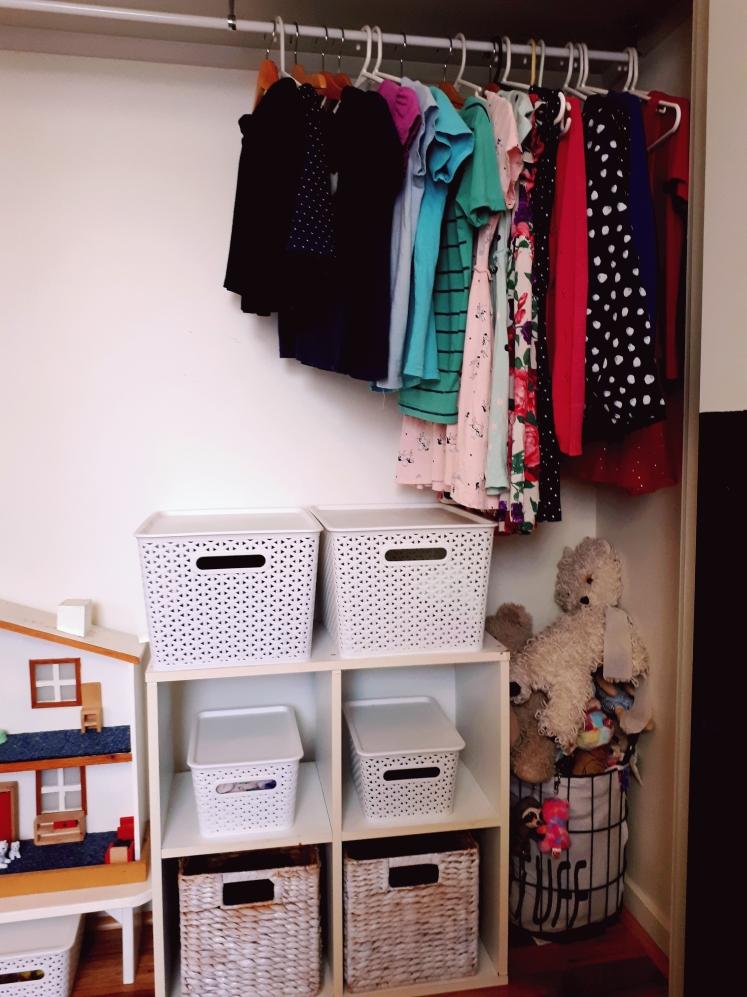 Childrens wardrobe 1