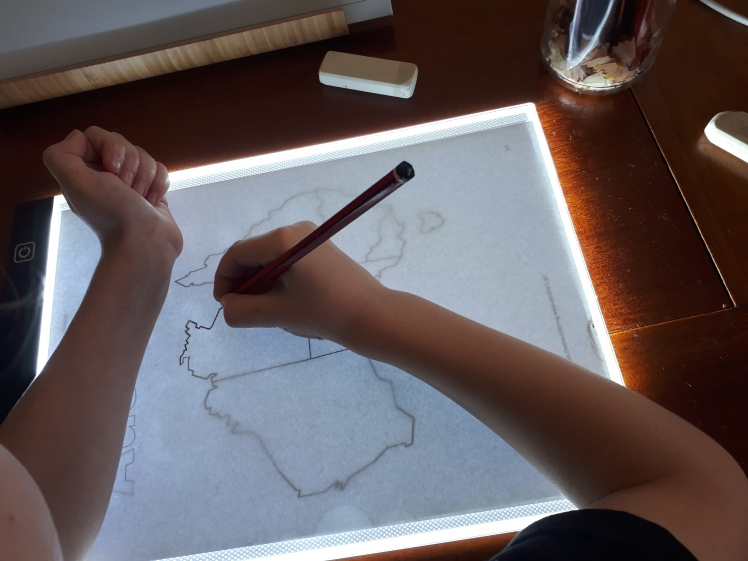 Map tracing with a light board